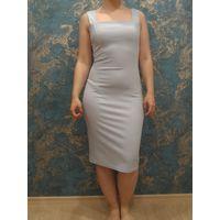 Голубое платье-футляр