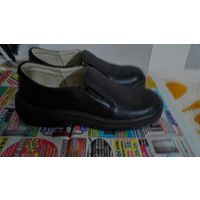 Туфли кожаные новые, р.29