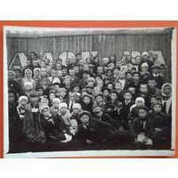 Фото участников второго пионерского слета. г.Данилов. Иваново-Вознесенская обл. РСФСР. 1930-е. 9х12 см