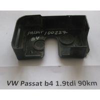 100227 Заглушка дверного замка VW Passat B4 535837090