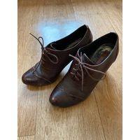 Туфли осенние коричневые 37 р