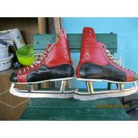 Коньки хоккейные кожаные ЧССР 1978год  р-р 27 или 42