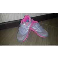 Кросовки Adidas для девочки  27 размер.