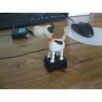 Игрушка корова механическая