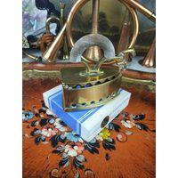 Утюг бронзовый красивый для создания декораций