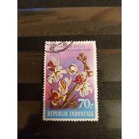 1975 Индонезия флора цветы Мих 813 оценка 3 евро (4-10)